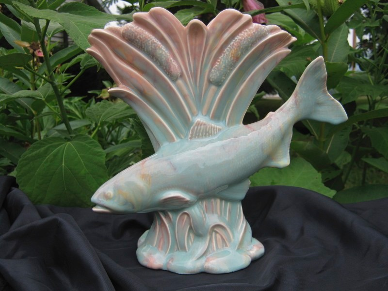 Early Beswick Art Deco Pottery Fish Amp Cattails Fan Vase Carnival Glass