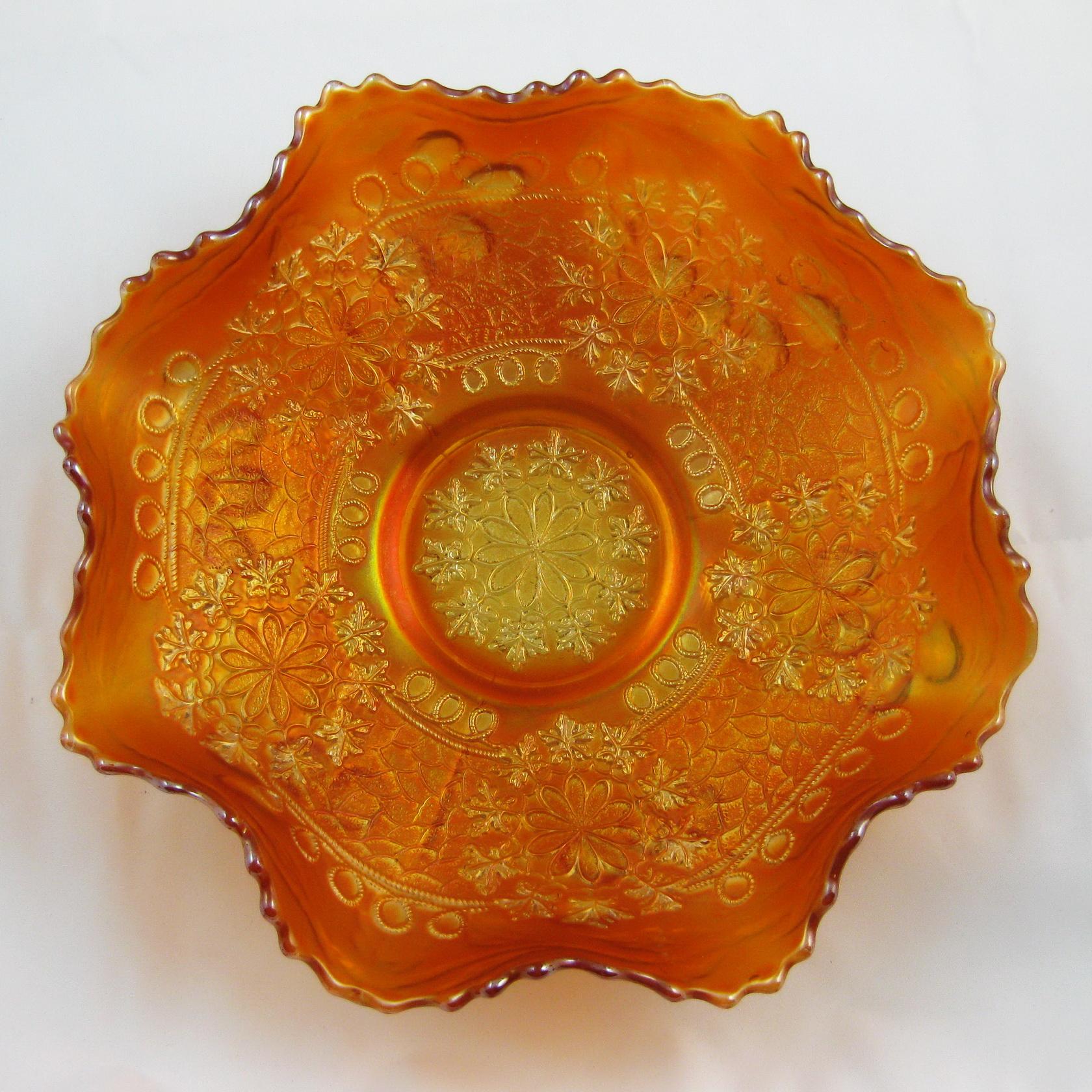 Antique Fenton Marigold Leaf Chain Carnival Glass Ruffled